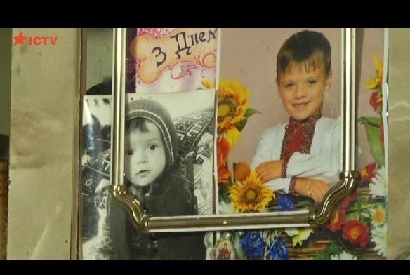 На Прикарпатті судитимуть жінку, яка вбила своїх дітей та намагалася покінчити життя самогубством