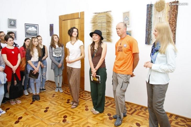 """В Косові відкрилась виставка """"Натхненні горами"""" (фото)"""