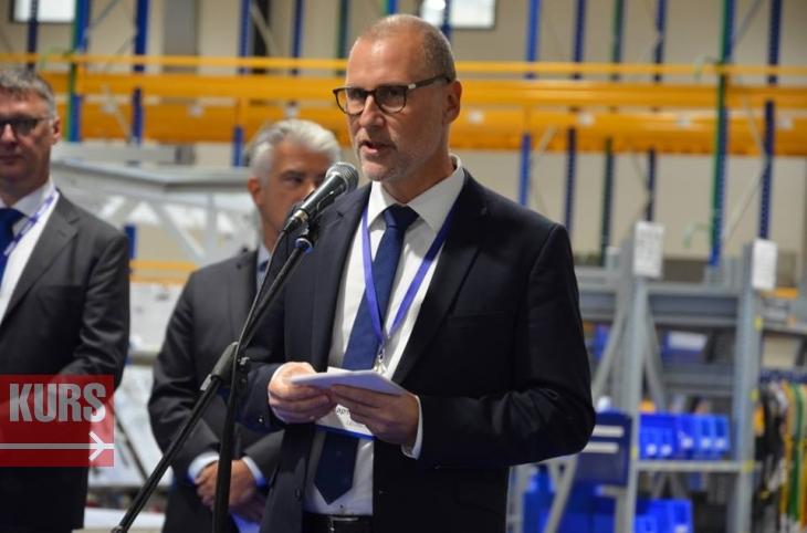 Інвестиційний клімат змінився кардинально, – Порошенко відкрив завод Leoni в Коломиї. ФOТО, ВІДЕО 2