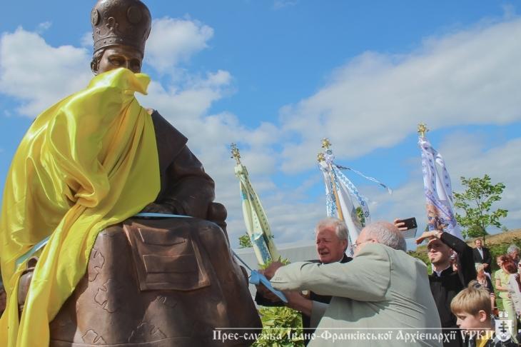 http://kurs.if.ua/media/gallery/full/0/6/06_3d13b.jpg