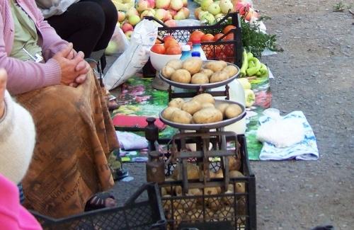 У Франківську у стихійних торговців конфісковуватимуть товар