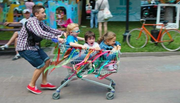"""Франківський проект """"Дрібнота"""" представив літню програму для дітей"""