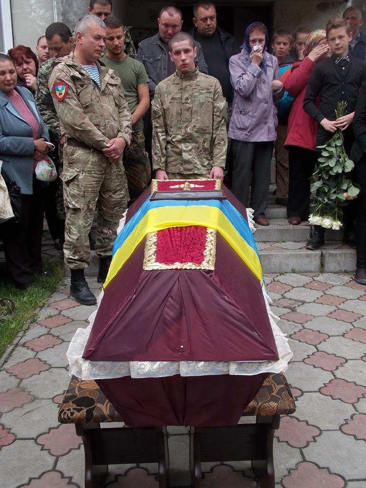http://kurs.if.ua/media/gallery/full/1/1/11377209_1009051805774613_92547693562940683_n.jpg