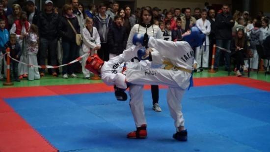В Івано-Франківську відбувався масштабний чемпіонат з таеквон-до (відеосюжет)