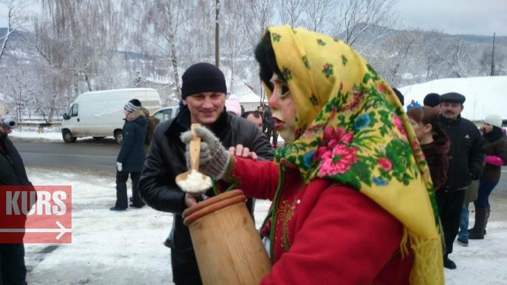 http://kurs.if.ua/media/gallery/full/1/2/12510114_1038600322846149_292447932_o.jpg