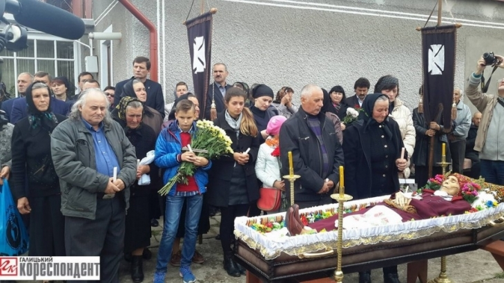 http://kurs.if.ua/media/gallery/full/1/4/14466395_1149718911762689_923157186_o-900x507.jpg