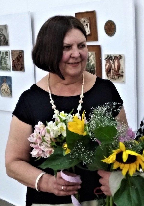 Виставку пастелей та кераміки Марії Корпанюк презентували в Івано-Франківську (відео)