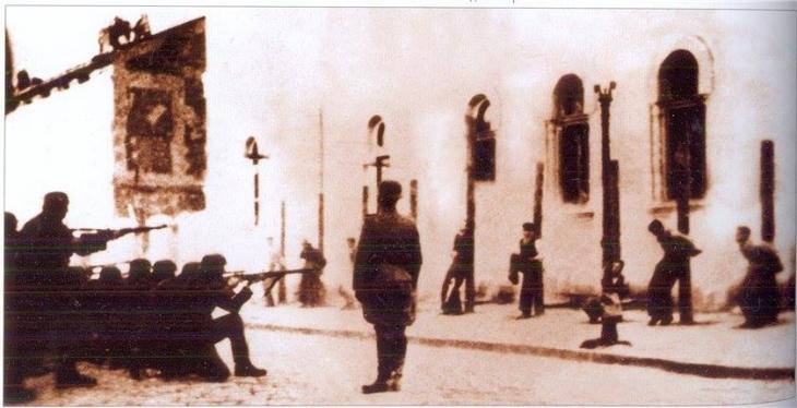 Як відповідь Марцінківу франківці зареєстрували петицію не руйнувати пам'ятник Страченим націоналістам 2