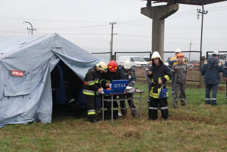 Пінна атака: пожежники гасили Бурштинську ТЕС. ФОТО 8