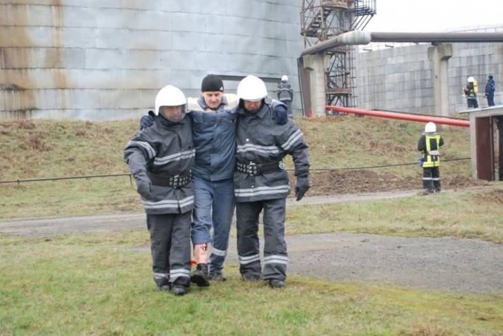 Пінна атака: пожежники гасили Бурштинську ТЕС. ФОТО 6