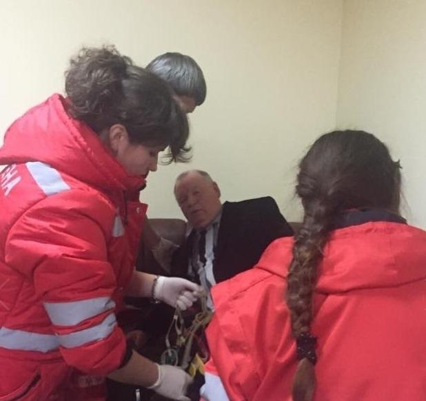 """Прикарпатські """"насірови"""": як суди доводять до лікарні місцевих чиновників 4"""