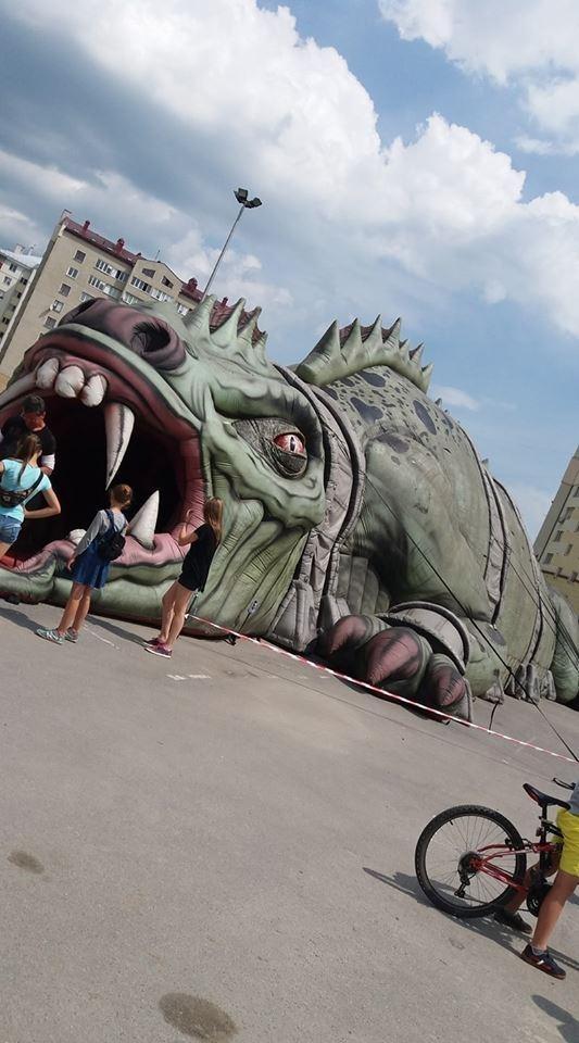 У Франківську з'явився атракціон жахіть. ФОТОФАКТ 4