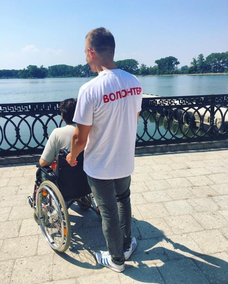 Роби добро: як волонтери допомагають важкохворим у хоспісах та лікарнях Франківська 6