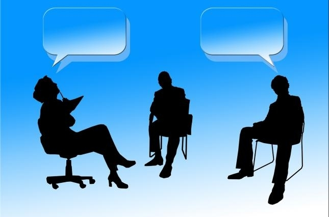 Передвиборчі дебати і ток-шоу на Суспільному: як вони відбуваються та чому важливі 3