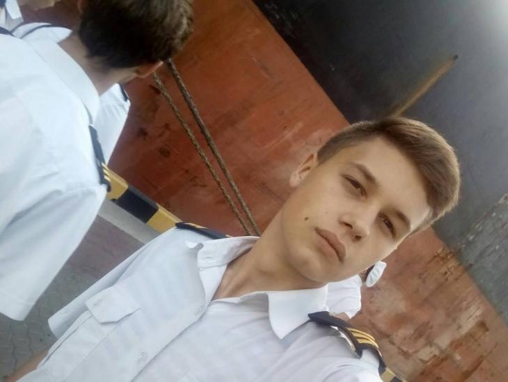 """Батькам пораненого моряка, які живуть на Франківщині, зателефонували з """"Радіо Москва"""" (фото+відео)"""