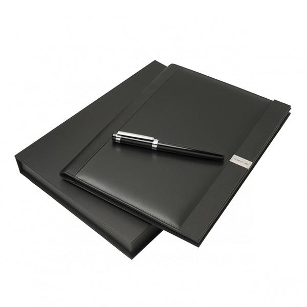 Дорогі канцтовари: в прикарпатській прокуратурі купили ручки по 113 грн і папки для документів – по 600 грн.
