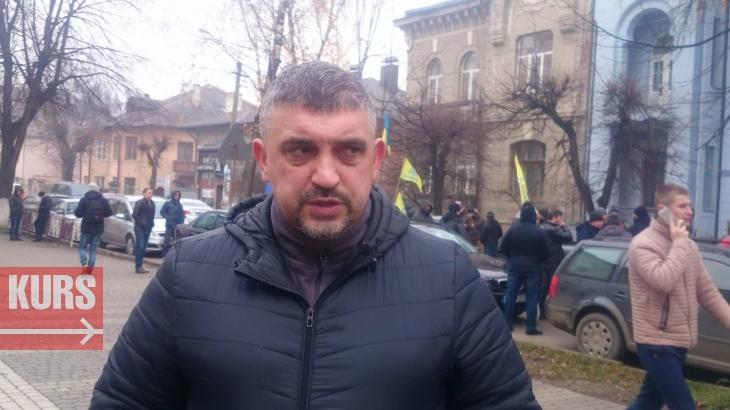"""У Франківську власники """"євроблях"""" пікетують митницю, поліцію і ДФС. ФОТО 2"""