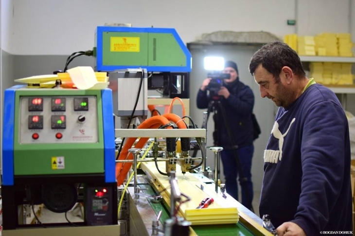 """Результат пошуку зображень за запитом """"Єдине в країні виробництво повітряних фільтрів працює в Івано-Франківську"""""""