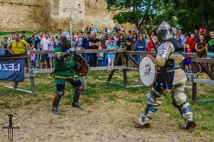 Лицарський турнір, кінні виступи та фаєр-шоу: у Галичі проведуть фестиваль середньовічної культури (відеосюжет)