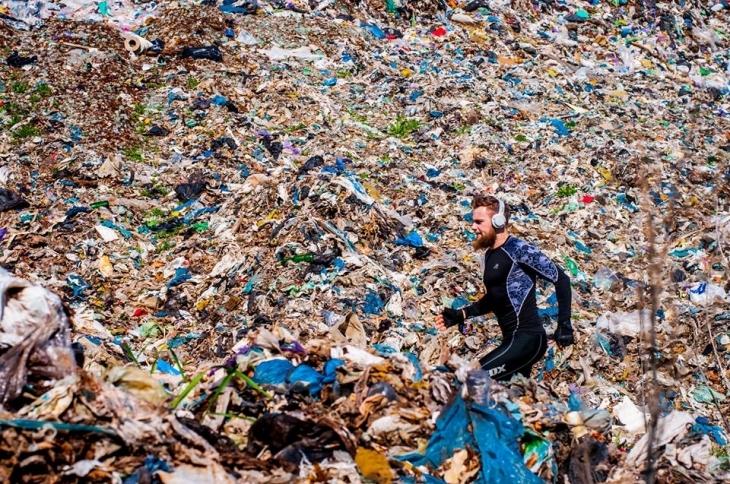 Екопроект для привернення уваги до утилізації сміття. Фото Юлії Пашковської