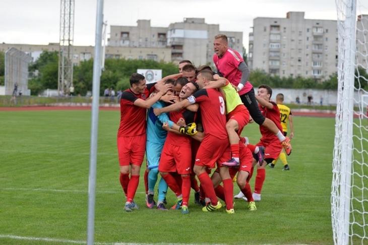 """""""Калуш"""" – """"Минай"""" 1:0. Прикарпатська команда вдало стартувала у Другій лізі"""