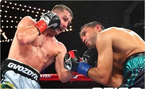"""Українець Гвоздик виграв титул """"тимчасового"""" чемпіона світу за версією WBC"""