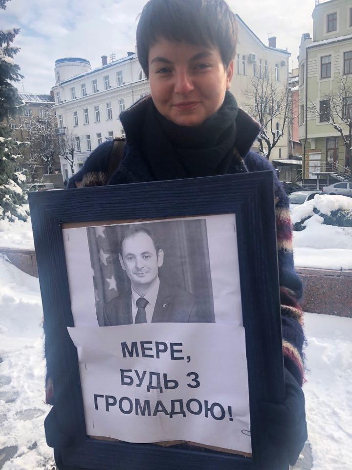 Франківські депутати підтримали вимогу активістів про мораторій на подальшу забудову довкола міського озера 2