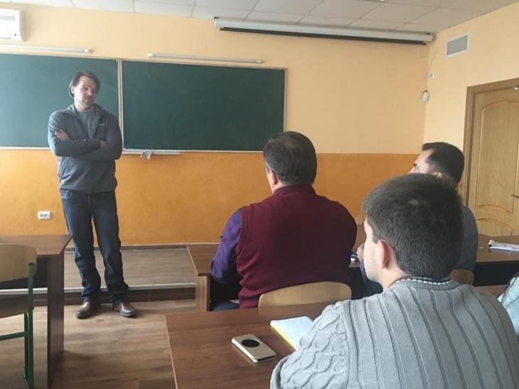 У Франківську провідний нафтовик і студенти ІФНТУНГу говорили про перспективи роботи в Україні 2