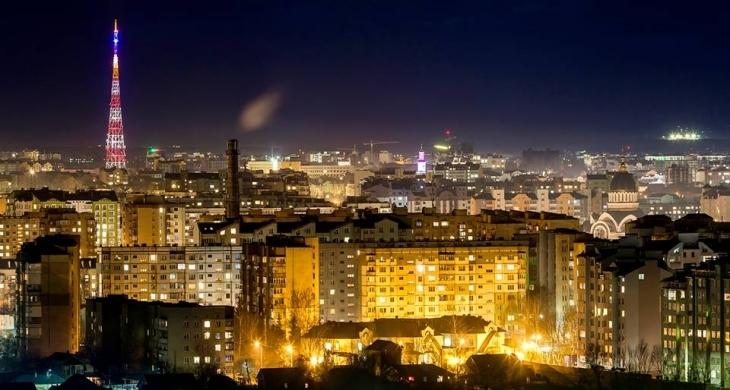 Франківець зняв неймовірне відео з вечірнім містом