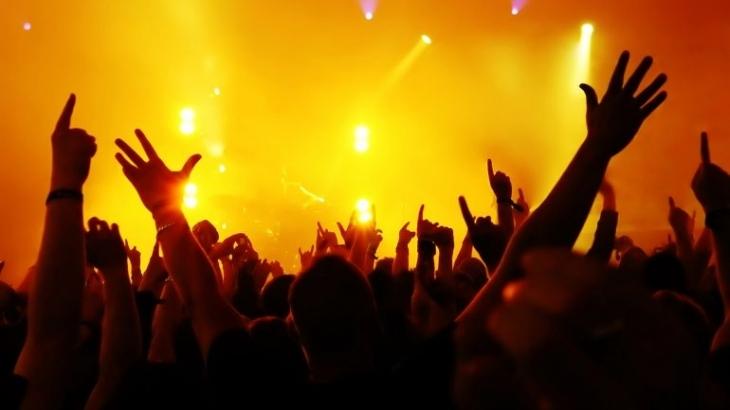 """Жіночий викрутаси, """"таємний"""" концерт, прогулянка із сюрпризом: цікаві вихідні у Франківську 10"""