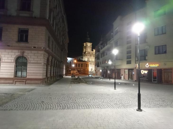 Відкриття площі Міцкевича і підсвітка Ратуші. Стало відомо, які об'єкти відкриють у Івано-Франківську до Дня Незалежності