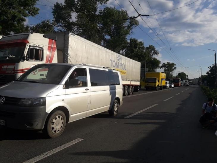 У Франківську мешканці Пасічної заблокували дорогу на Галич. ФОТО 4