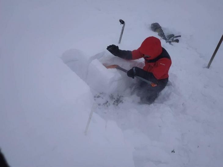 Гірські рятувальники на Чорногорі попередили про лавинну небезпеку 2