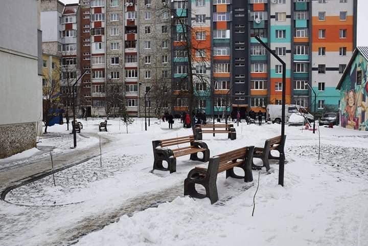 В Івано-Франківську відкрили сквер імені Івана Миколайчука (фоторепортаж)