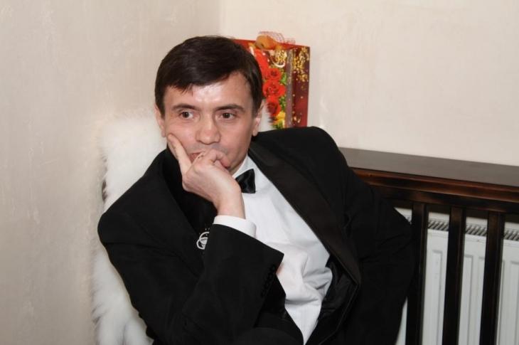 """Результат пошуку зображень за запитом """"""""Його засновником є Володимир Федоришин. Він же – засновник та керівник приватного підприємства """"Фостер"""", яке називає себе продюсерським центром"""""""""""