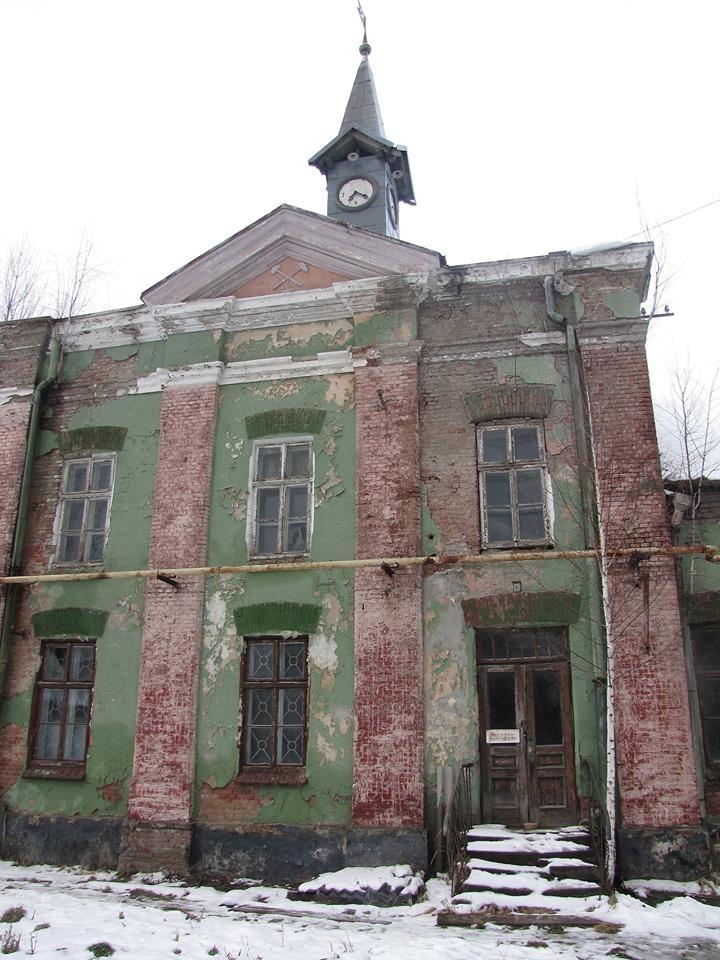 """На вежі """"старої"""" ратуші в Калуші зберігся унікальний годинник (фоторепортаж)"""