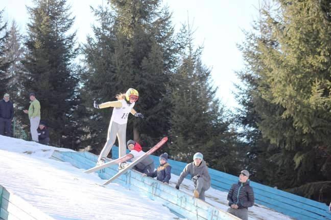 На Прикарпатті пройшов чемпіонат України із стрибків з трампліна (відеосюжет)