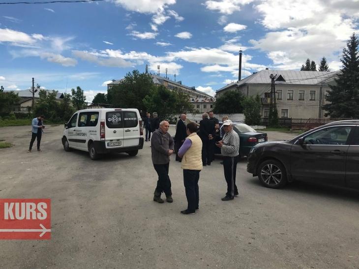 https://kurs.if.ua/media/gallery/full/5/2/52702668_2779262742114348_9030399770425819136_n_0a392.jpg