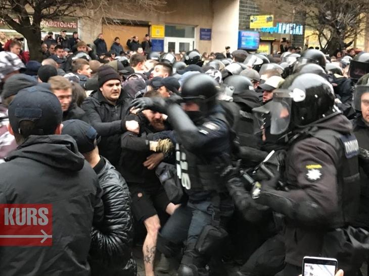 https://kurs.if.ua/media/gallery/full/5/2/52905741_2128424707241651_5458282926405844992_n_20c3b.jpg
