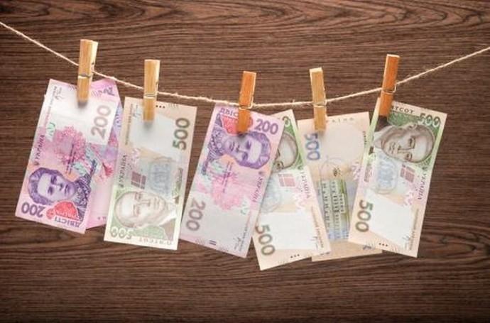 """Прикарпатський санаторій """"Смерічка"""" подрібнив майже 700 тисяч гривень, щоб не проводити тендер"""