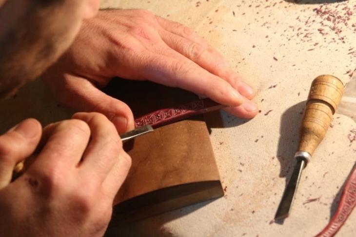 На Прикарпатті роблять дерев'яні окуляри, які підкорили Нью-Йорк. ФОТО 6
