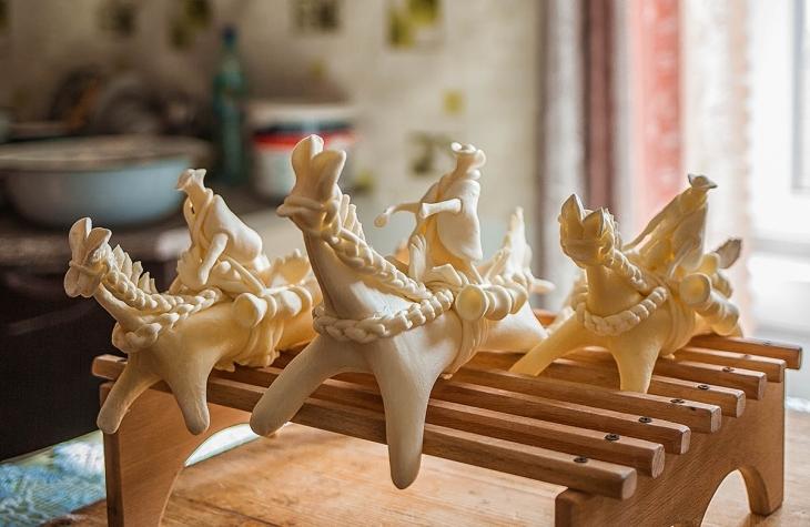 Гуцульський Великдень: як у Брустурах народжуються сирні коники і паски. ФОТО 2