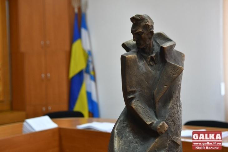 «Нам дуже важливо проводити такі заходи!» У Івано-Франківську відкриють пам'ятник Роману Шухевичу