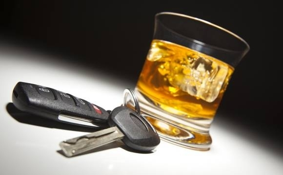 У Долині суд зобов'язав таксиста сплатити 10 200 гривень штрафу за п'яну їзду
