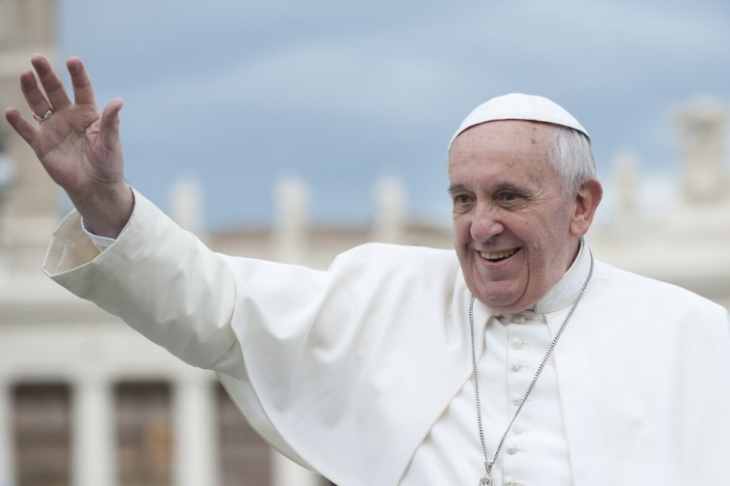 https://kurs.if.ua/media/gallery/full/c/3/c373f30-pope.jpg