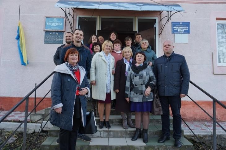 Старости прикарпатських громад створюють свій клуб