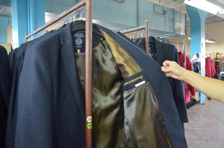Як їм вдається: франківська фабрика шиє одяг для європейських брендів 4