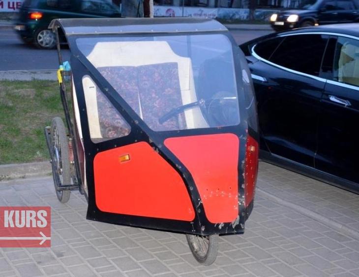 """У Франківську їздять півсотні електрокарів з місцевою """"пропискою"""", у тому числі 5 автівок """"Tesla"""". ФОТО 4"""