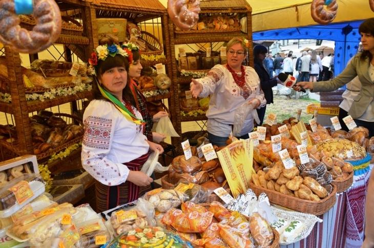 У Івано-Франківську на фестиваль-ярмарок «Свято хліба» витратять 40 тисяч гривень