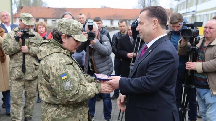 На Прикарпатті міністр оборони зустрівся з родинами загиблих військовослужбовців та волонтерами (фоторепортаж)